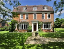 6 bedroom detached house to rent Chart Sutton