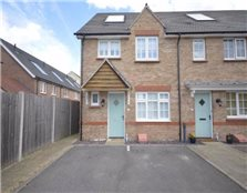 3 bedroom end of terrace house to rent Park Wood
