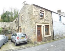 2 bedroom end of terrace house to rent Upper Settle