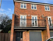 4 bedroom town house to rent Ley Hey Park