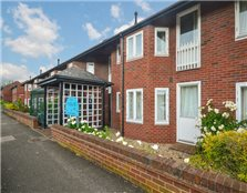 2 bed shared accommodation to rent Coldham's Common