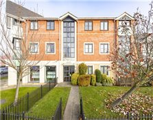 2 bed flat for sale Winnersh