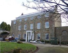 2 bed flat for sale Bodmin
