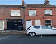 3 bed terraced house to rent New Town