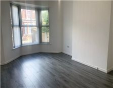 2 bed flat to rent Elm Park