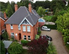 9 bed detached house for sale Leiston