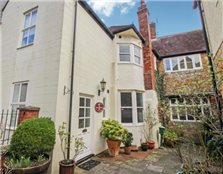 2 bedroom maisonette to rent Sherborne