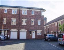 3 bedroom town house  for sale Chester