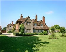 8 bed detached house for sale