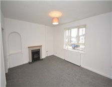 3 bed flat to rent Crown
