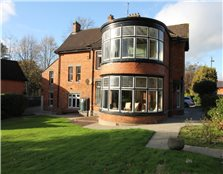 6 Bed Detached House