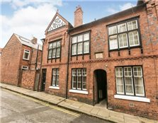 3 bed terraced house for sale Chester
