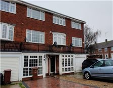 3 bed town house to rent Moor Street