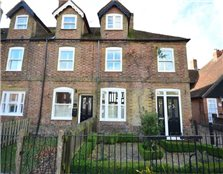 4 bed cottage to rent Ware Street