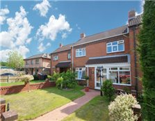 3 bed terraced house for sale Wood End