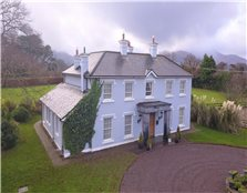 4 Bed Country House