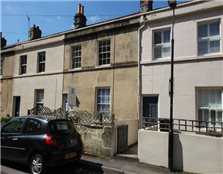2 bed terraced house to rent Kingsmead