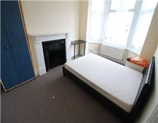 5 bed property to rent New Town