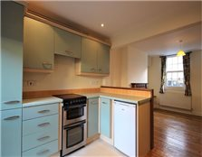 2 bed terraced house to rent Eynsham