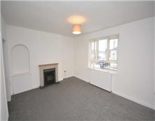 3 bedroom flat to rent Crown