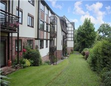 2 bedroom flat to rent Cherry Orchard