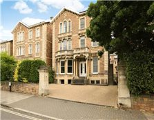 3 bedroom flat  for sale Clifton