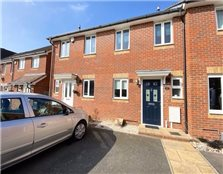 2 bed terraced house to rent Park Wood