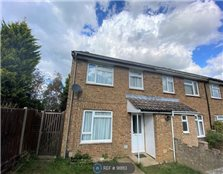 3 bed terraced house to rent Park Wood