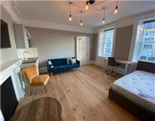 Studio flat to rent Kingsmead
