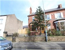 3 bed semi-detached house to rent Swingate