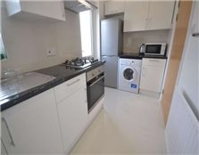 4 bedroom terraced house to rent Reading