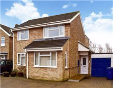 4 bed detached house to rent Garden City