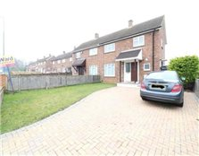3 bedroom semi-detached house to rent Shepway