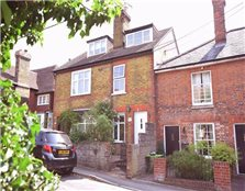 2 bed semi-detached house to rent Detling