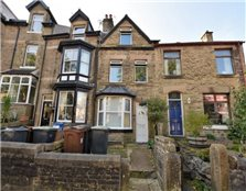 4 bedroom end of terrace house to rent Buxton