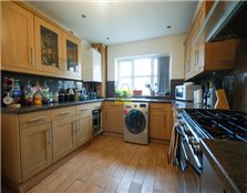 5 bed end terrace house to rent Spring Vale
