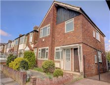 2 bed maisonette for sale Chingford Hatch