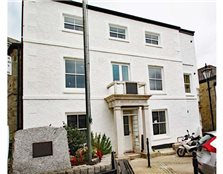 2 bedroom flat for sale St Columb Major