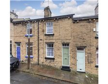 2 bedroom terraced house for sale Saltaire