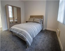 8 bedroom town house to rent Lace Market