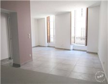 Location appartement 90 m² Clarensac (30870)
