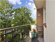 3 bedroom apartment  for sale Woodford Wells