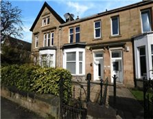 3 bedroom terraced house to rent Scotstounhill