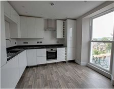2 bedroom flat to rent Lyncombe Hill