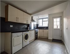 4 bed property to rent Billesley Common