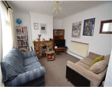 3 bedroom end of terrace house to rent Tregew