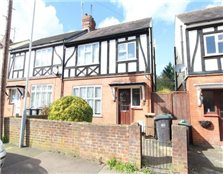 3 bed semi-detached house to rent Park Town