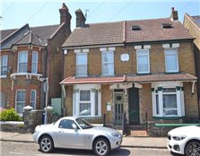 3 bed semi-detached house to rent Sittingbourne