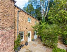 2 bed semi-detached house for sale Richmond