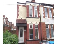 2 bedroom end of terrace house to rent Newland